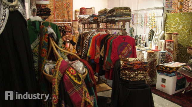 Textile Products (Hariyanto / INDUSTRY.co.id)