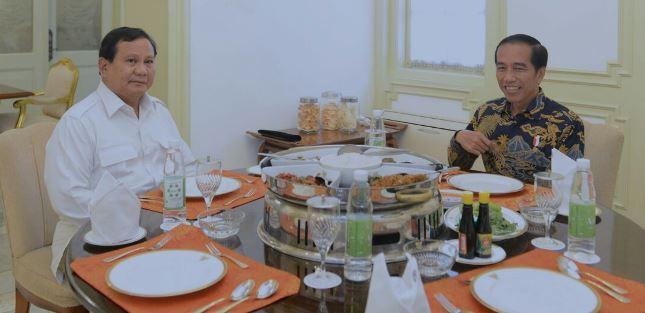 Presdien Jokowi dan Prabowo Subianto dalam sebuah kesempatan (Foto Setpres)