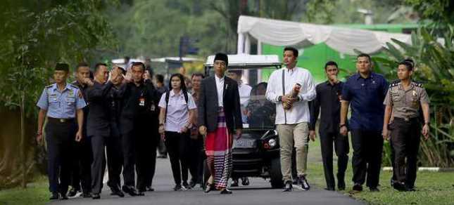 Presiden Jokowi Shalat Id di Istana Bogor (Foto; Beritasatu)