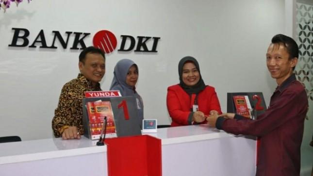 Pelayanan di kantor Bank DKI