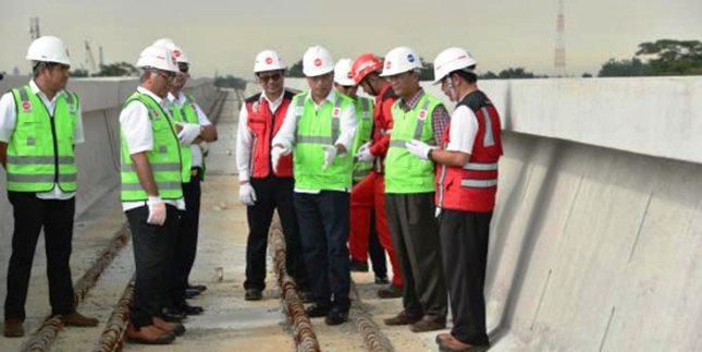 Minister of Transportation Budi Karya Sumadi reviewed the LRT project