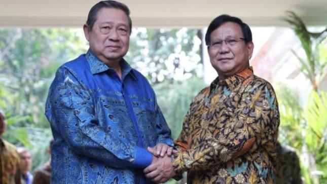 Ketum Demokrat SBY dan Ketum Geirndra Prabowo Subianto (Foto Dok Industry.co.id