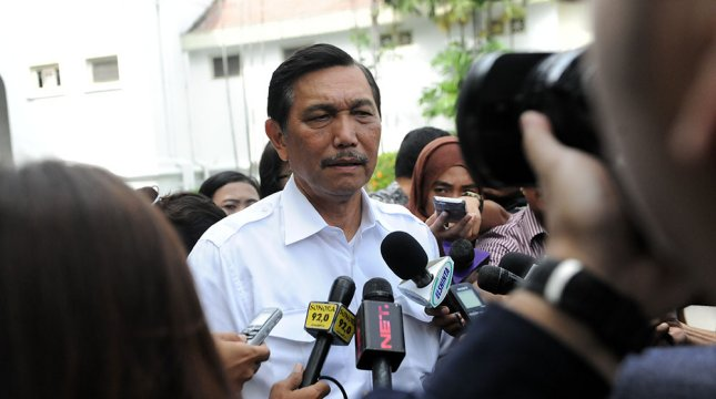 Kepala Staf Kepresidenan Luhut Binsar Pandjaitan saat ditanya wartawan di Istana Kepresidenan