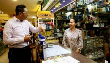Hendry Trie Asmono, as Advertising Manager and Promotion LTC Glodok chatted with shop clerk