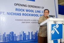 Secretary General of the Ministry of Industry Haris Munandar on the inauguration of the third production line of PT. Nichias Rockwool Factory Indonesia