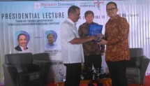 "Tourism Minister Arief Yahya in Presidential Lecture ""Indonesian Tourism & Entrepreneurship between Local Business Creation & Global Competition"" at President University, Monday (25/9)"