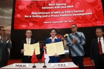 Hadaris Samulia Has (Kemenkum-HAM), Fatih Savasan (Chairman of Board of MKK), Friderica Widyasari Dewi (Dirut KSEI), Samuel Abrijani P (Dirjen Aplikasi Informasi), Wahyu Hidayat (Komut KSEI) (Foto Abe)