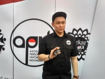 Rhomedal Public Relations Head of the Association of Personal Vaporizer Indonesia (APVI)