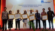 There are 5 workshops that get Gold Workshop from AXA Mandiri, Surya Sakura Indah Motor (Jakarta), Karya Indah Motor (Bekasi), Millennium Motor (Bogor), Metro Auto Care (Tangerang) and Karya Agung Cilegon (Cilegon).