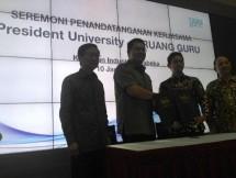 President University Bersama Ruangguru Salurkan Bantuan Beasiswa Bagi 1.440 Pelajar