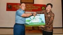 Kementerian ESDM Serahkan 200 Unit LTSHE