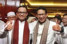 Anies Baswedan (Left) Sandiaga Uno (Right)