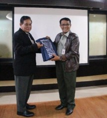 Indonesia Berbagi Pengalaman dalam Pengendalian Penyakit AI kepada Myanmar