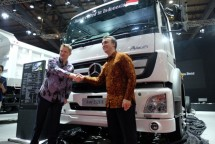 The Mercedes-Benz Axor 2528 R truck now starts assembling in Bogor (Doc: Mercedes Benz)