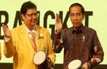 Presiden Jokowi dan Ketum Partai Golkar Airlangga Hartarto (Foto Dok Industry.co.id)