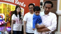 President Jokowi with grandchild (Photo Dok Industry.co.id)