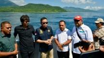 Menteri ESDM saat meninjau lokasi rencana pengembangan Pembangkit Listrik Arus Laut