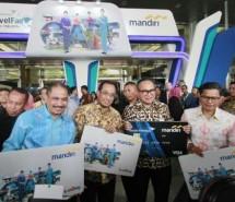 Minister Arif Yahya, Minister of Transportation Budi Karya, President Director of Mandiri Tiko, President Director of Garuda Pahala (Foto Rizki Meirino