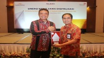 Director of Kimia Farma Honesti Basyir (left) (Photo Dok Industry.co.id)