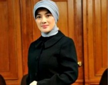 Dirut Pertamina Nicke Widyawati (Foto Dok Industry.co.id)