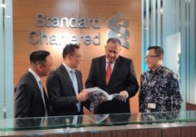 Rino Donosepoetro Chief Executive Officer, Standard Chartered Bank Indonesia (Foto Anisa)