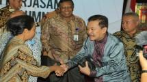 Dirut Perum Jamkrindo, Randi Anto bersama Menteri BUMN Rini Soemarno