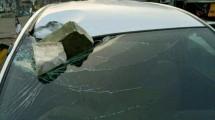 Mobil korban pelemparan batu (ist)