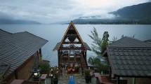 KEK Lake Toba