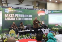 "Forum Merdeka Barat (FMB) 9 dengan tema ""Fakta Penurunan Angka Kemiskinan"" bertempat di Ruang Serba Guna Kementerian Komunikasi dan Informatika, Jakarta, Senin (30/7/2018)."