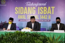 Minister of Religious Affairs Yaqut Cholil Qoumas, Chairperson of the Indonesia Ulema Council (MUI) KH Abdullah Jaidi, and Deputy Head of Commission VIII Ace H Syadzili