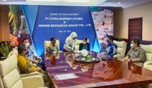 The signing situation of an offtake agreement, PT Citra Borneo Utama (CBU) and Grand Resources Group (Singapore) Pte, Ltd. (Photo: PT Sawit Sumbermas Sarana Tbk Public Relations)