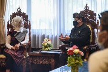 Presidential Special Staffer Angkie Yudistia talks with Deputy Governor of Bali Cok Ace, at the Office of Deputy Governor of Bali Province, Denpasar, Bali, Monday (21/06). (Photo by: PR of Cabinet Secretariat/Agung)