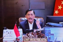 Coordinating Minister for Maritime Affairs and Investment Luhut Binsar Pandjaitan delivers a press statement after attending a virtual Limited Meeting on COVID-19 Pandemic Handling, Tuesday (6/7). (Photo by: PR of Cabinet Secretariat/Agung)