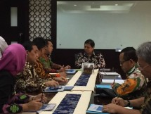 Minister of Industry, Airlangga hartarto received a visit from Lampung Governor Ridho Ficardo