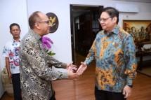 Chairman Kadin Indonesia Rosan P. Roeslani and Menperin Airlangga Hartarto (Foto Ist)